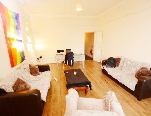 4 bed shared accommodation to rent